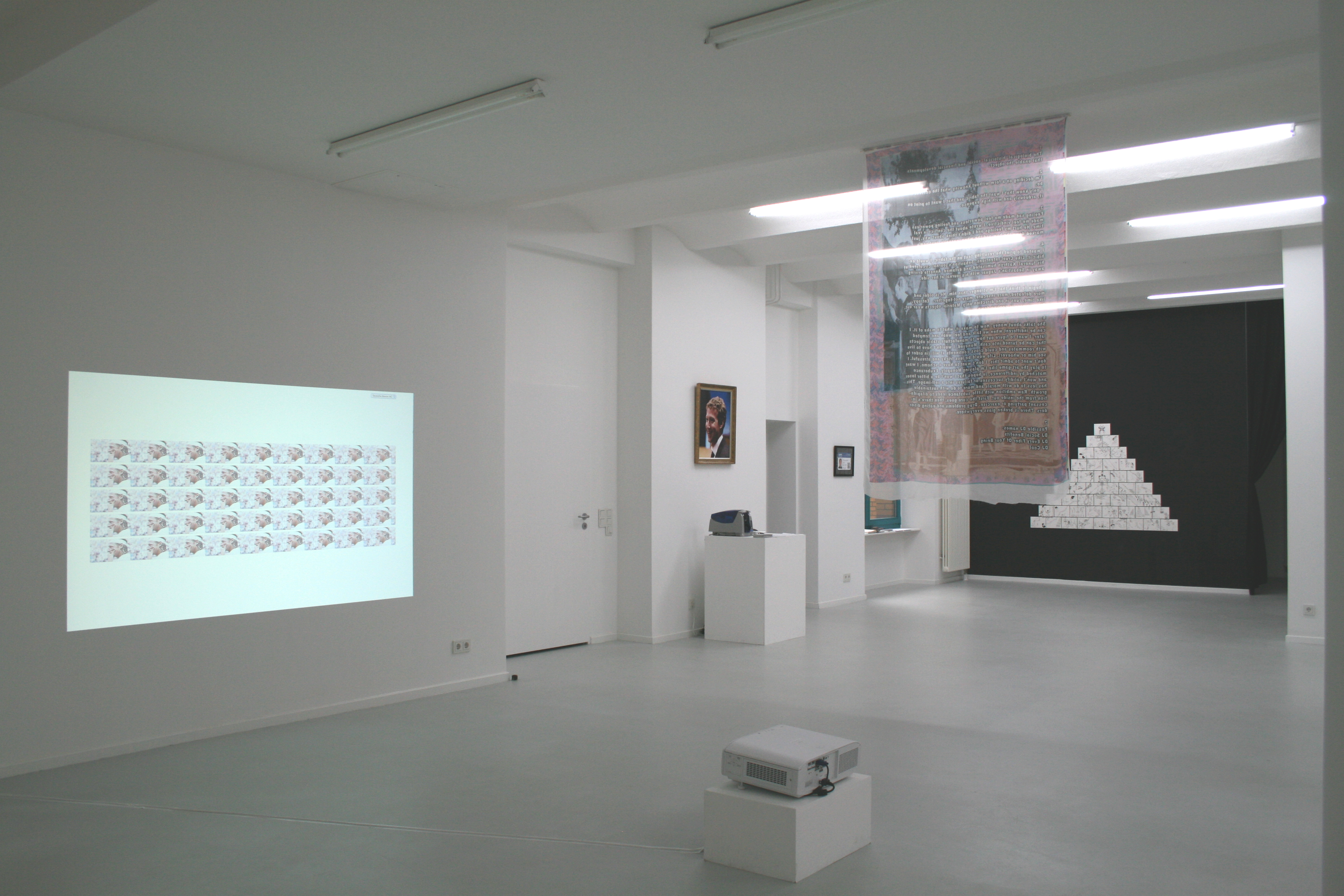 Not By Default, Gruppenausstellung, 2012, Ausstellungsansicht
