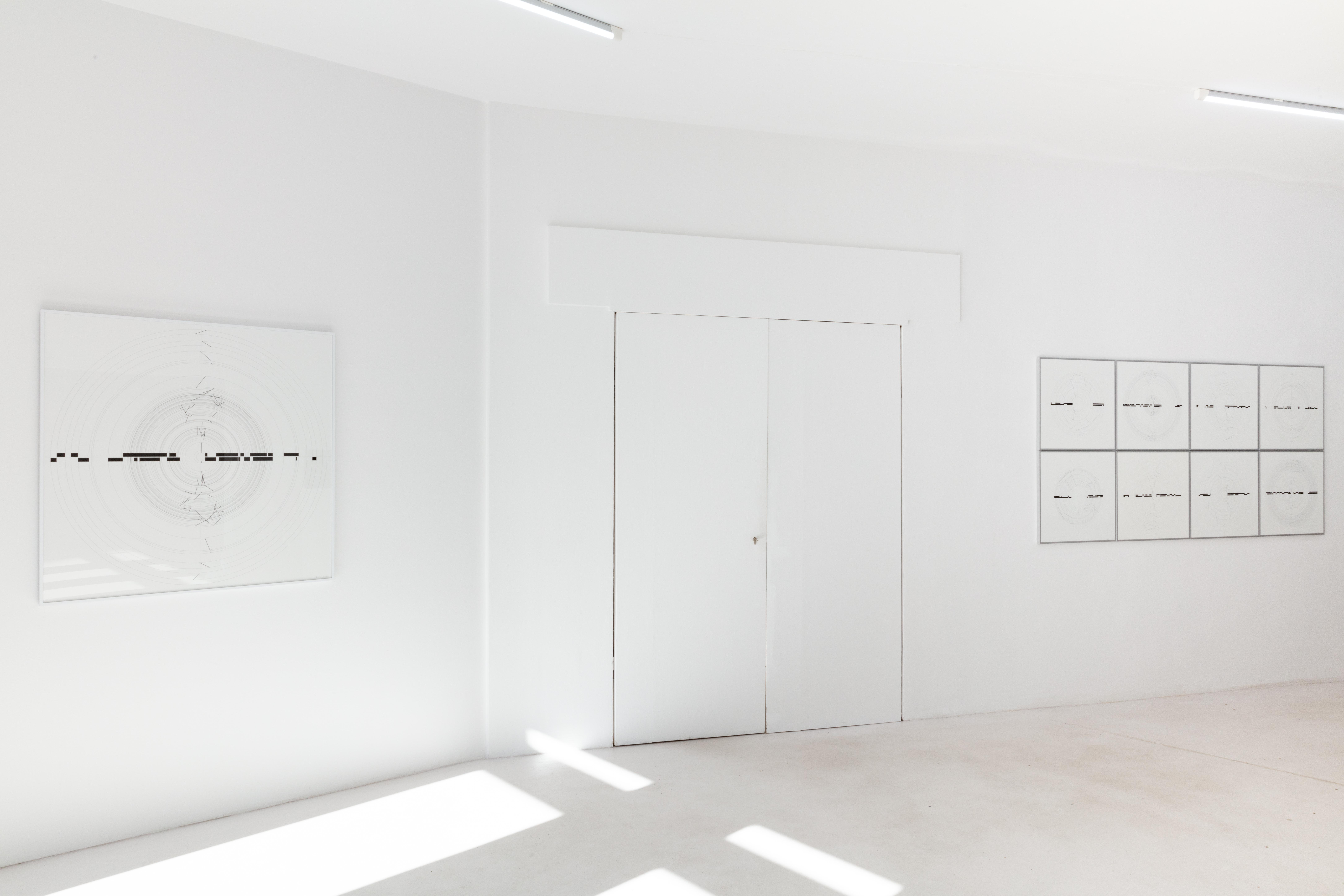Manfred Mohr, Transit-Code, Ausstellungsansicht