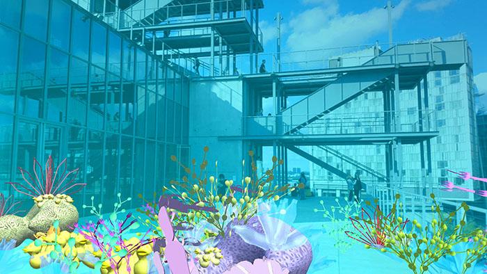 """Tamiko Thiel und /p, Unexpected Growth, Augmented Reality Installation, Installationsansicht (Screenshot). Auftrag für das Whitney Museum of American Art NY, wo die erste Edition Teil der Sammlung ist. Die Bilder zeigen das Verblassen der """"Plastikmüll-Korallen"""" im Laufe des Tages, da mehr und mehr Besucher sie betrachten."""