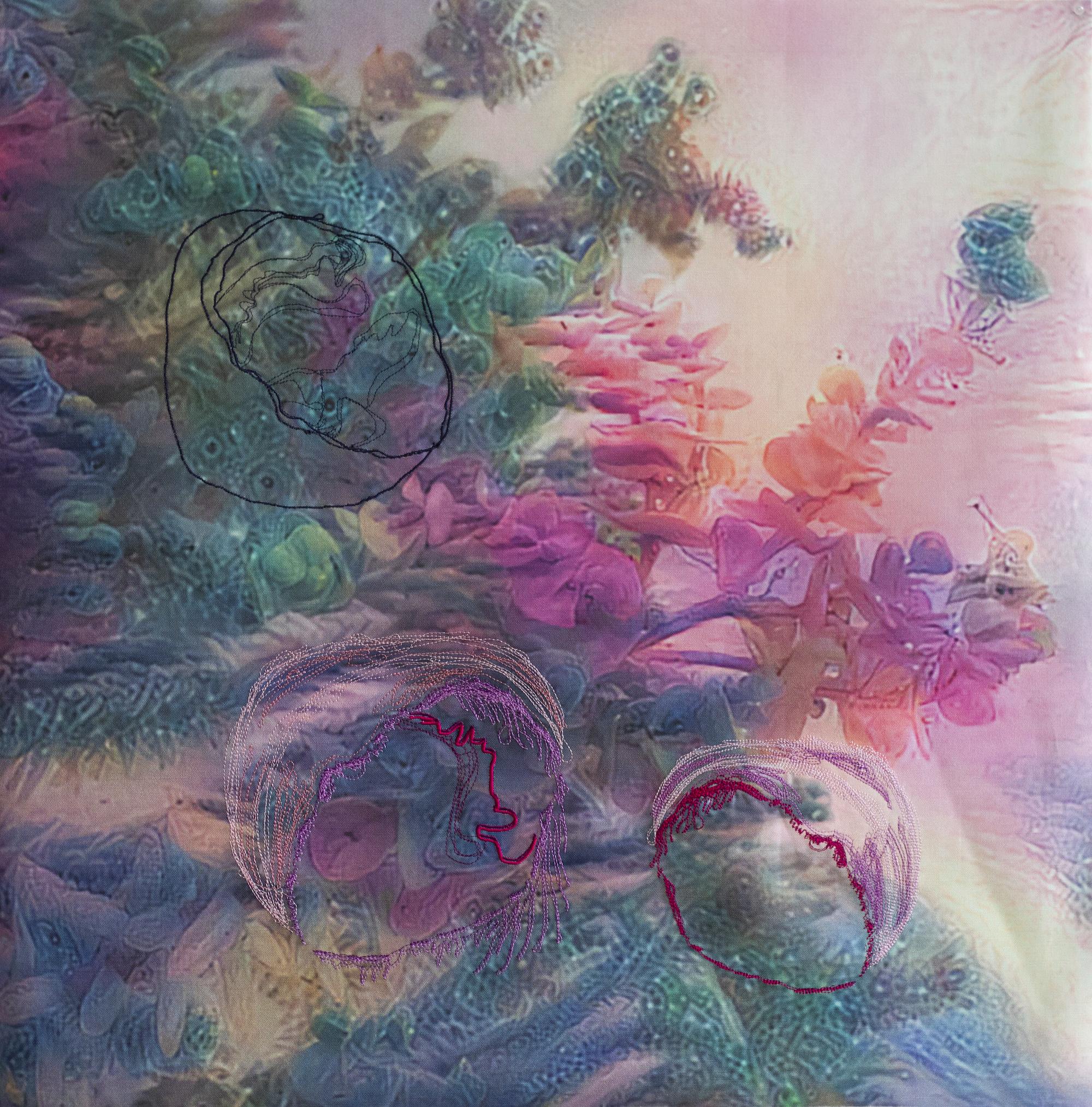 Gretta Louw, In this organism, singular and plural, digitale Stickereien, digitaler Druck auf Leinen und Wachs, 61 x 61 cm, 2021